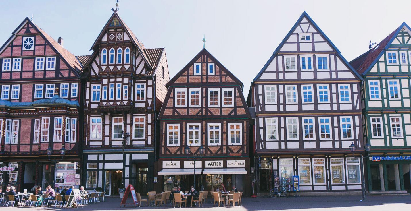Celle och tyska korsvirkeshus i hundratals