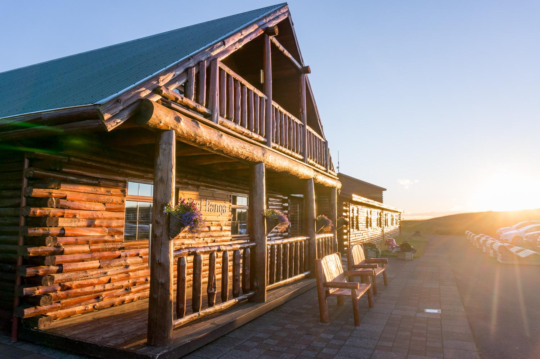 Norrsken och badtunna på Hotel Ranga, Island