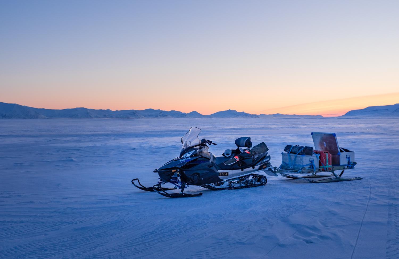Snöskotertur, Spetsbergen på Svalbard