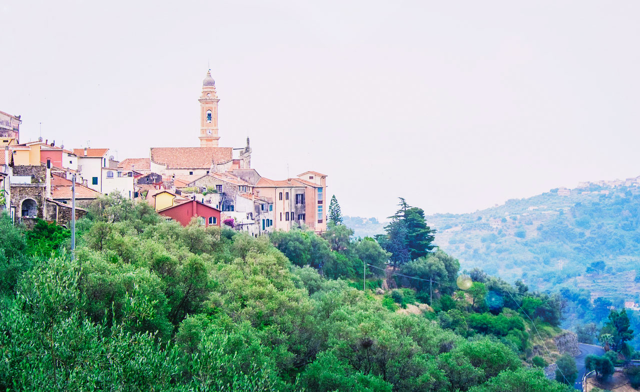 När jag såg den italienska drömmen i vitögat – Civezza
