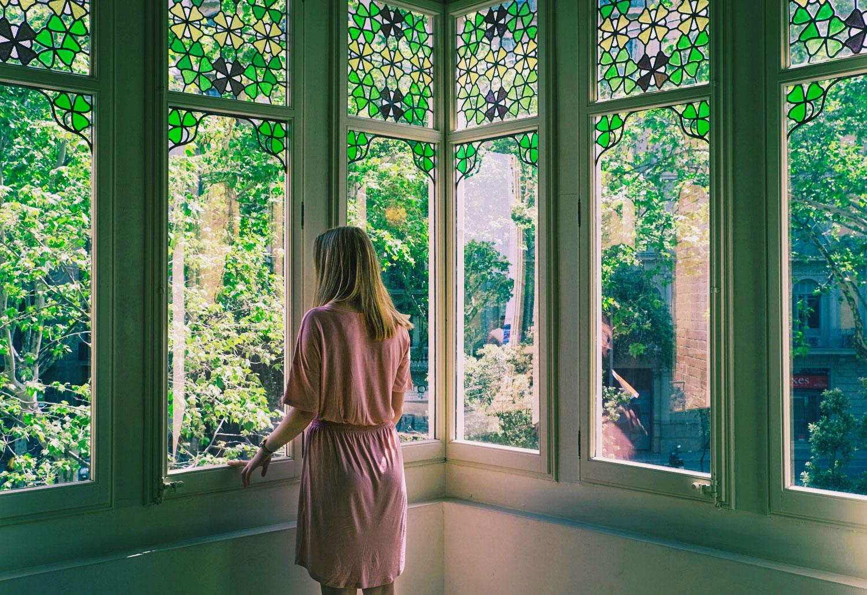 Ett urbant slott, ett sjukhus och Gaudís första verk – 3 byggnader i Barcelona att besöka