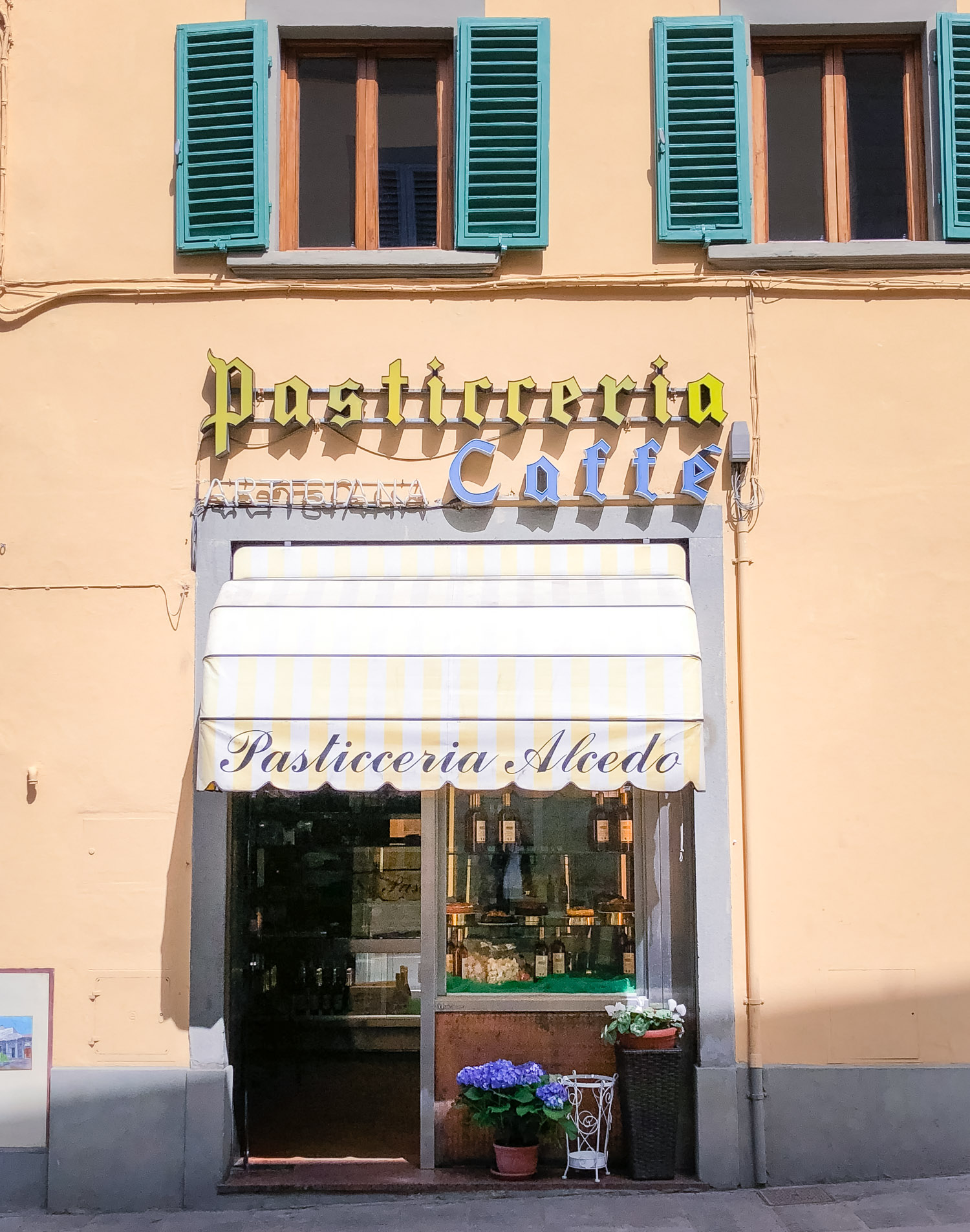 Café i Fiesole: Pasticceria Alcedo