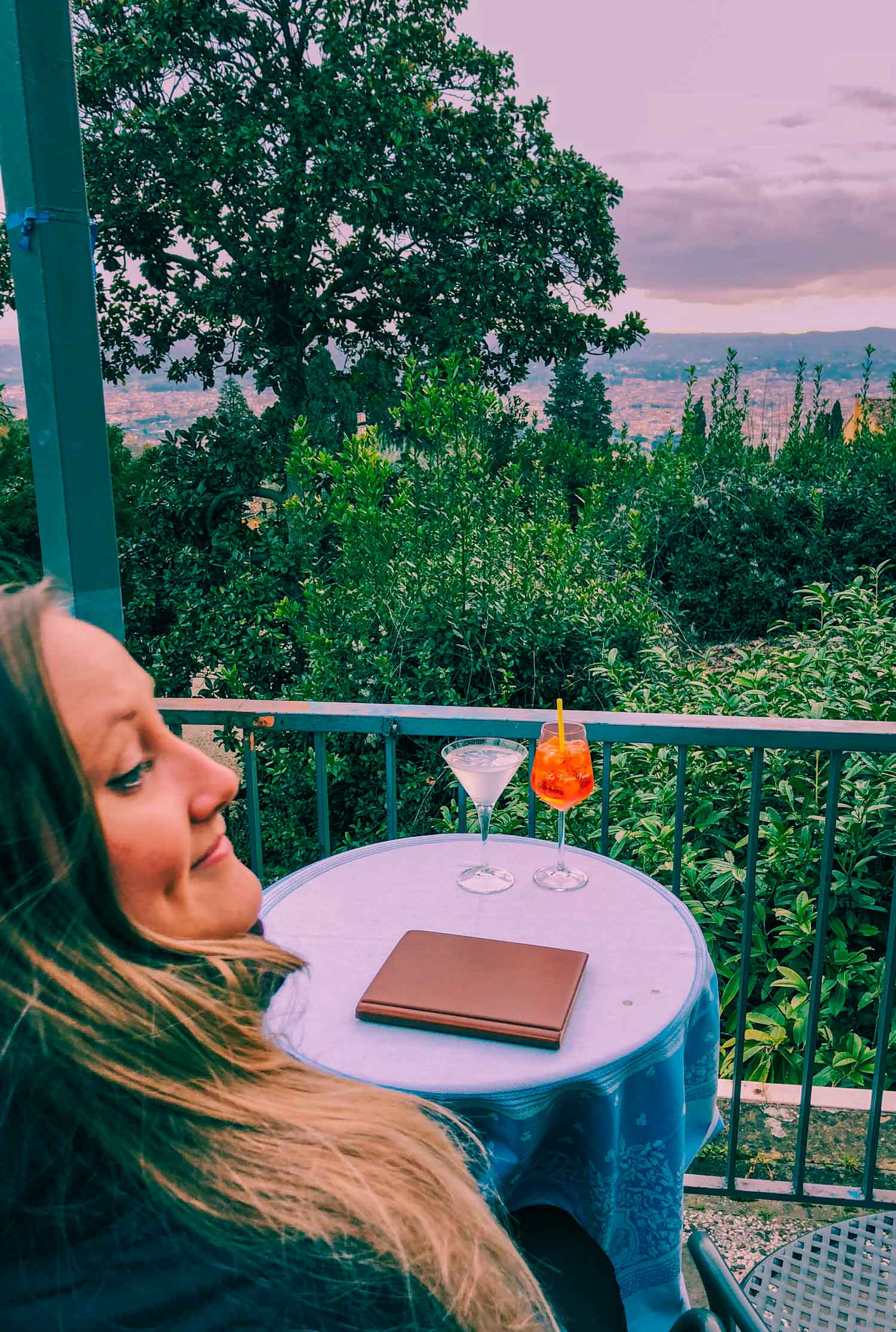 Aperitivo på Bar Blu - en bar och restaurang i Fiesole