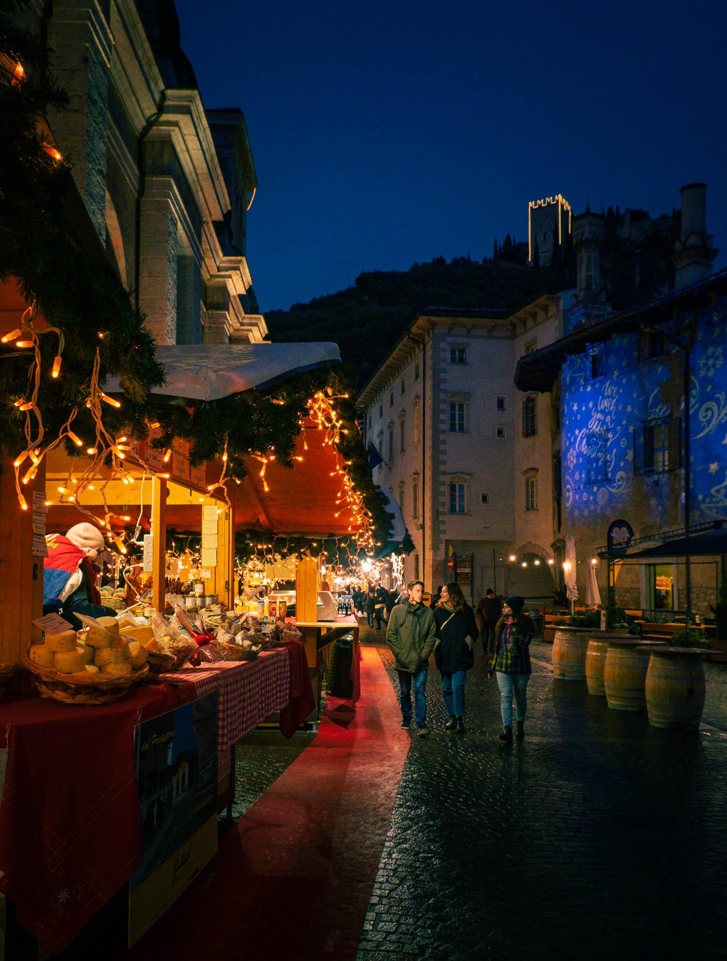 Julmarknad i Arco vid Gardasjön