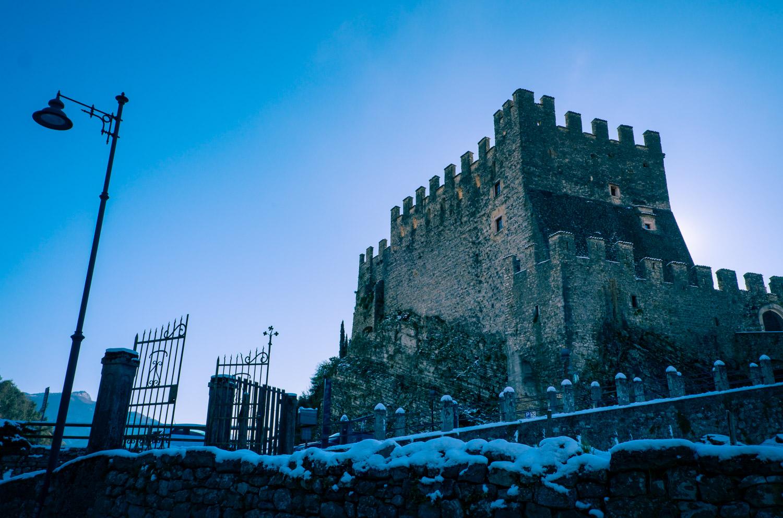 Slottet i Tenno – en utflykt att göra vid Gardasjön