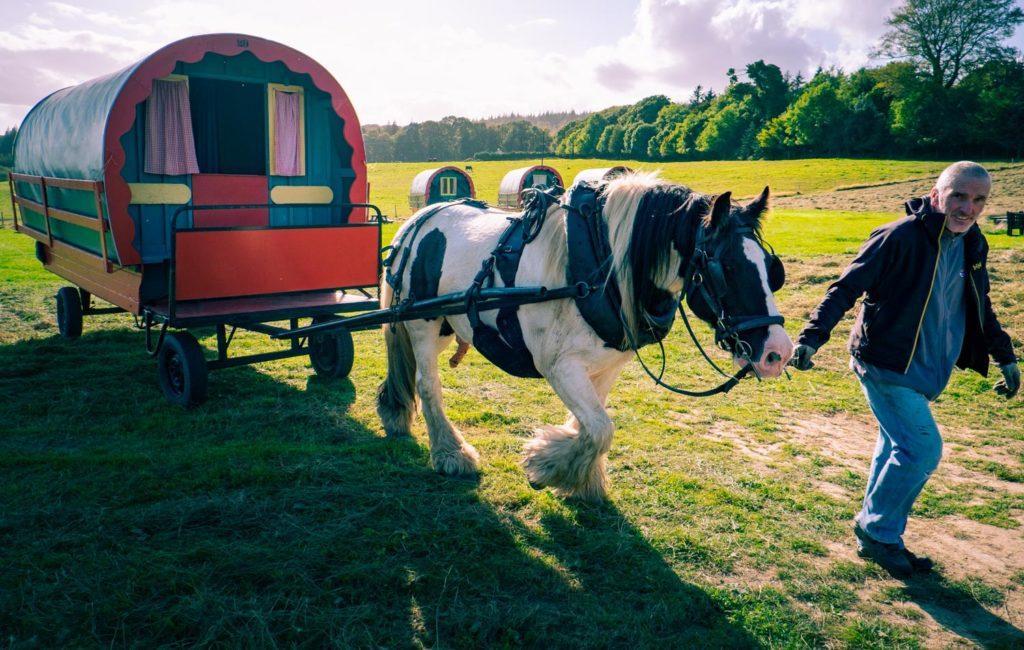 Med häst och vagn på Irland