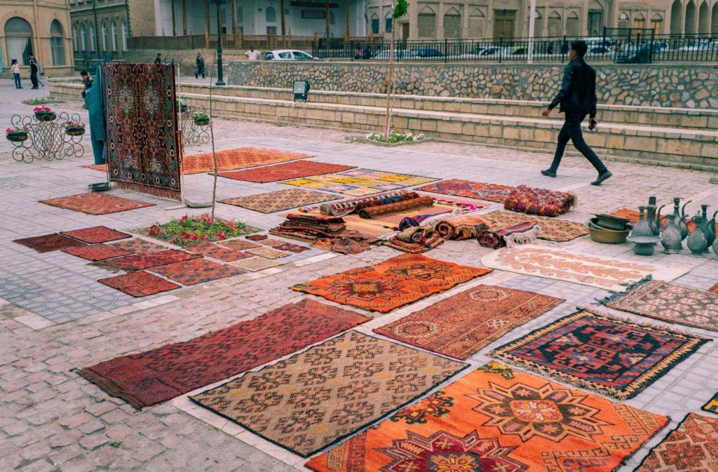 Basar-shopping i Buchara i Uzbekistan