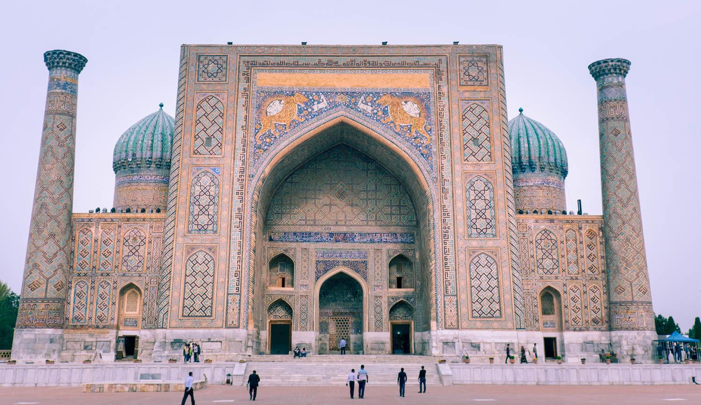 Torget Registan i Samarkand i Uzbekistan