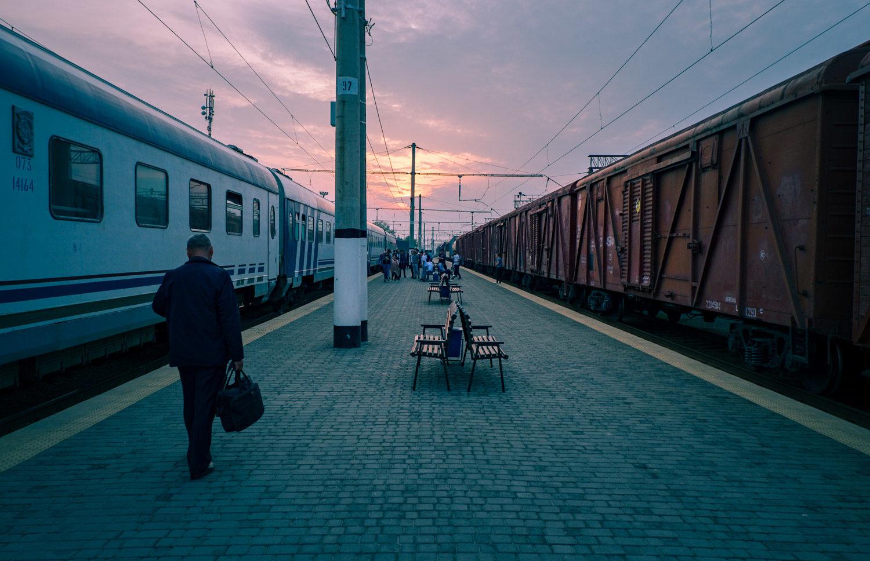 Tåg längs med Sidenvägen i Uzbekistan.